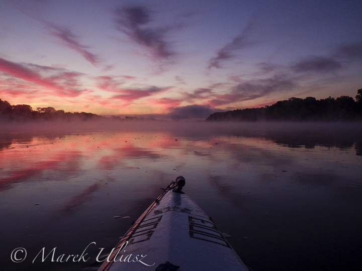 foggy sunrise on Missouri River