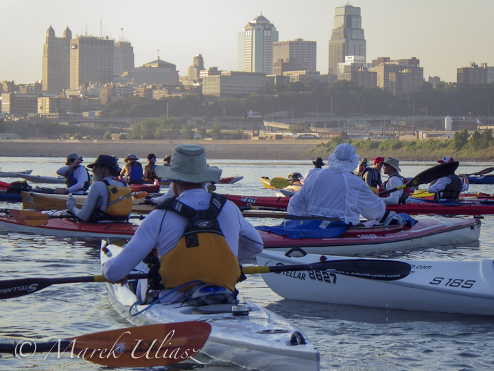 solo boats start of 2013 Missouri River 340 Race