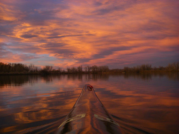 6 Sunset Pictures from 10 Minutes of Paddling on Boyd Lake